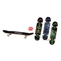Skateboard alien